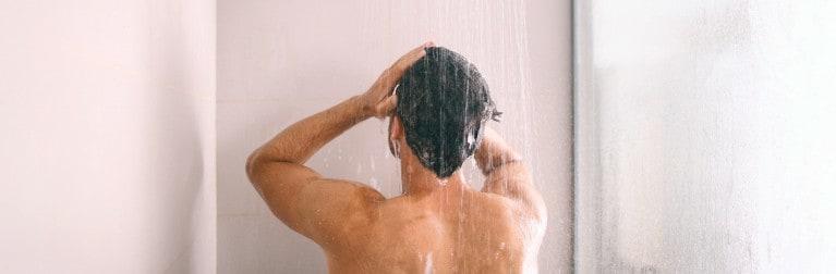 Шампунь для волос с антибактериальным эффектом: свойства и применение