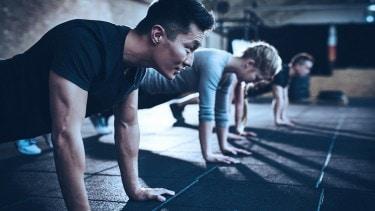 Pertama dan satu-satunya program pengembangan diri yang bisa diikuti individu atau institusi untuk melatih mental tahan banting.